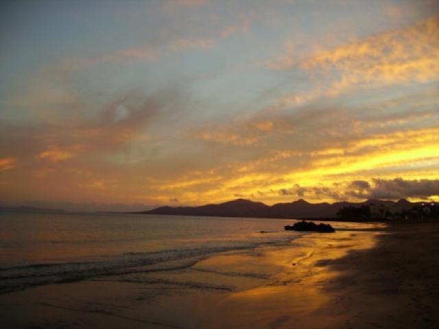Sunset at Playa Grande - 27 Lago Verde, Puerto del Carmen, Lanzarote
